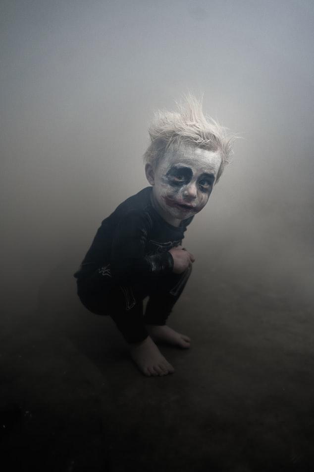 Å skremme barna på TV er egentlig en uhørt virksomhet. De tror alt de blir fortalt selv om det er løgn.