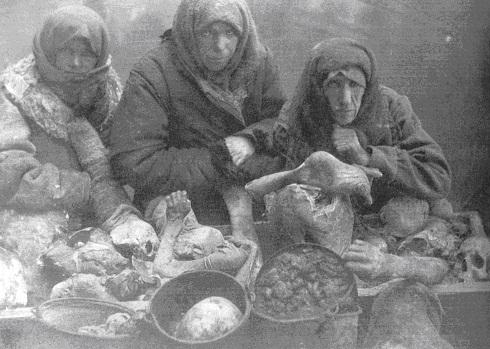 YAKINDA: Komünizm ile Yamyamlık İlişkisiYAKINDA: Komünizm ile Yamyamlık İlişkisi