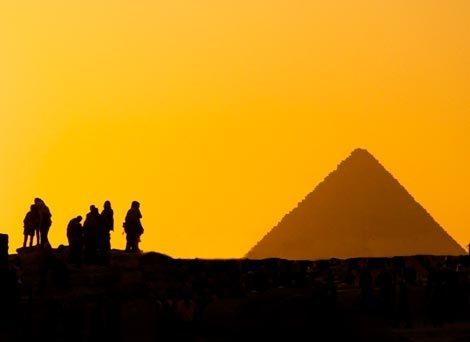 Büyük Piramit'i Kimler Yaptı?
