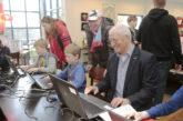 Wethouder Jan den Dunnen opent eerste CoderDojo in Eemnes