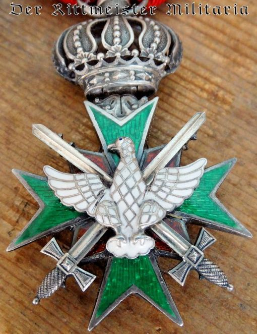 KNIGHT'S CROWN WITH SWORDS 2nd CLASS ORDER OF THE WHITE FALCON - SAXE-WEIMAR. - Imperial German Military Antiques Sale