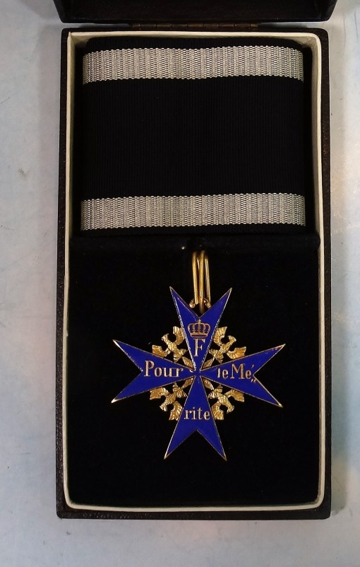 CASED ORDEN POUR le MÉRITE GIVEN BY CLEVELAND, OHIO GERMAN CONSULATE - Imperial German Military Antiques Sale