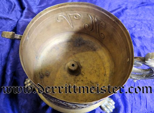 TWO-HANDLED LARGE-CALIBER ARTILLERY SHELL CASING TRENCH ART VASE - Imperial German Military Antiques Sale