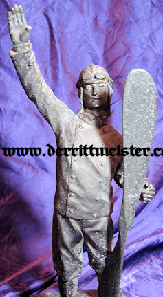 GERMANY - STATUE - AVIATOR - Imperial German Military Antiques Sale