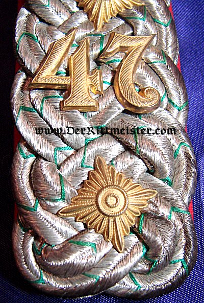 PAIR OF SHOULDER BOARDS FOR AN OBERST - BEZIRKS-KOMMANDO Nr 47 - SAXONY - Imperial German Military Antiques Sale