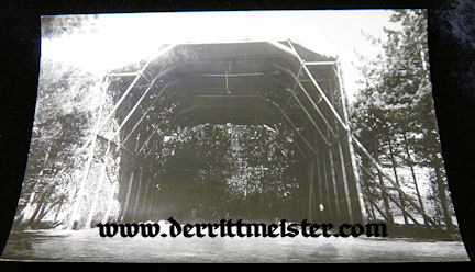 LARGE-FORMAT ORIGINAL PHOTOGRAPH - CAMOUFLAGED HANGER - OBSERVATION BALLOON - Imperial German Military Antiques Sale