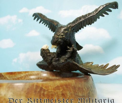 DELUXE DESK PIECE COMMEMORATING BATTLING EAGLES (AS SEEN ON EHRENBECHER AVIATION AWARDS) - Imperial German Military Antiques Sale