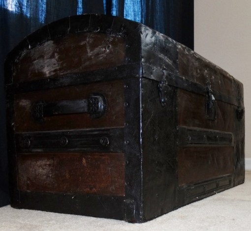 GERMANY - TRUNK - ZEPPELIN-RELATED - Imperial German Military Antiques Sale
