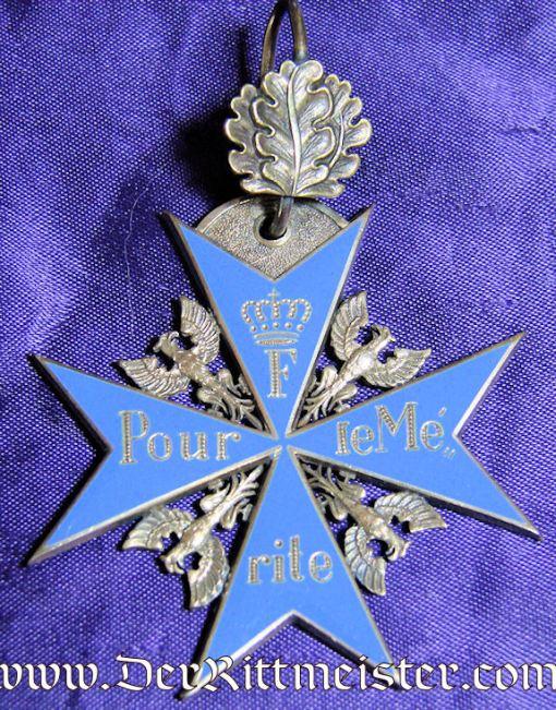 JEWELER'S/WEARER'S ORDEN POUR le MÉRITE COPY WITH OAK LEAVES IN ORIGINAL PRESENTATION CASE - Imperial German Military Antiques Sale
