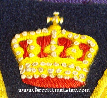 PRUSSIA - SLEEVE PATCH - REGIMENTAL FAHENTRÄGER PREWAR - FOR A DUNKEL-BLAU TUNIC - Imperial German Military Antiques Sale