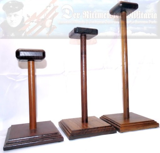 MEDIUM HELMET DISPLAY STAND - Imperial German Military Antiques Sale