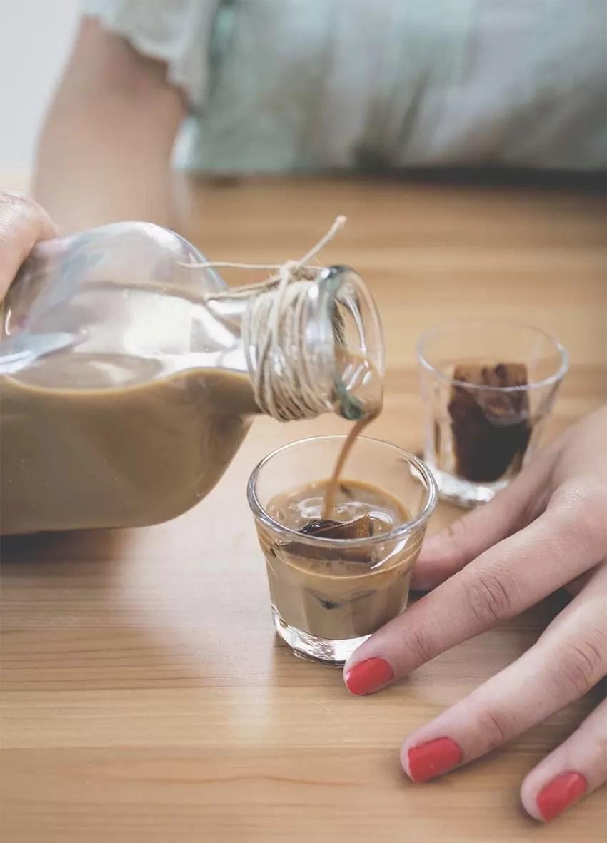Come preparare il liquore cremoso al caffè in poche e semplici mosse