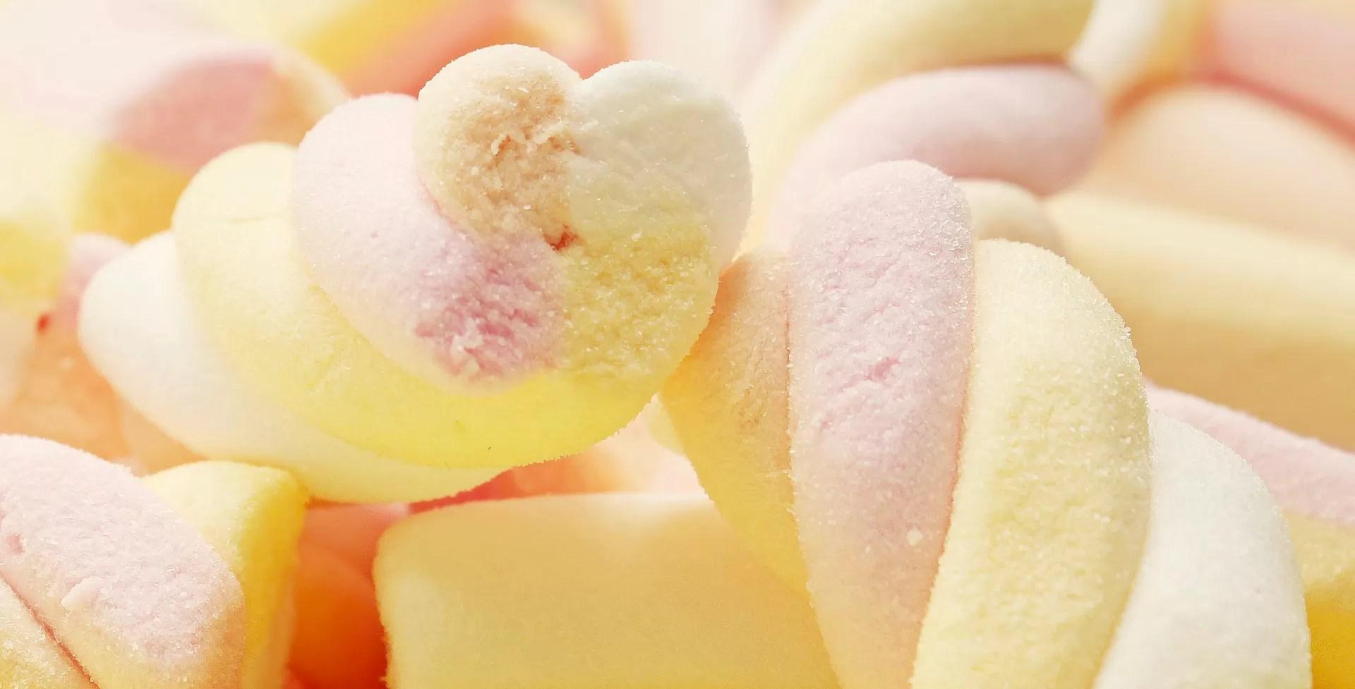 conseguenze negative del consumo eccessivo di zucchero marshmellows