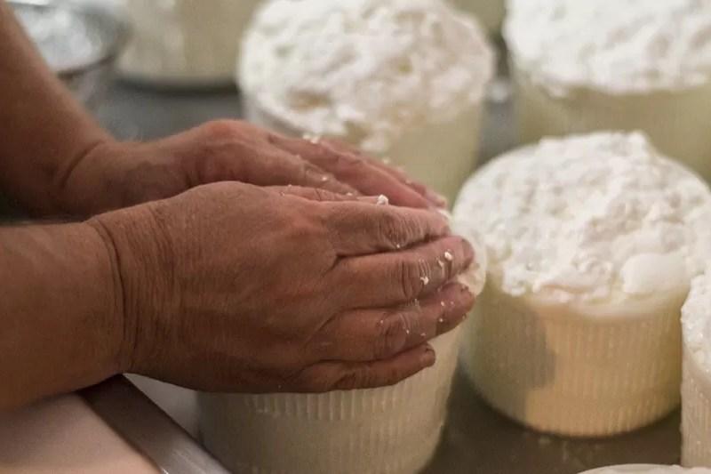 """Bastardo del Grappa, il formaggio """"come una volta""""."""