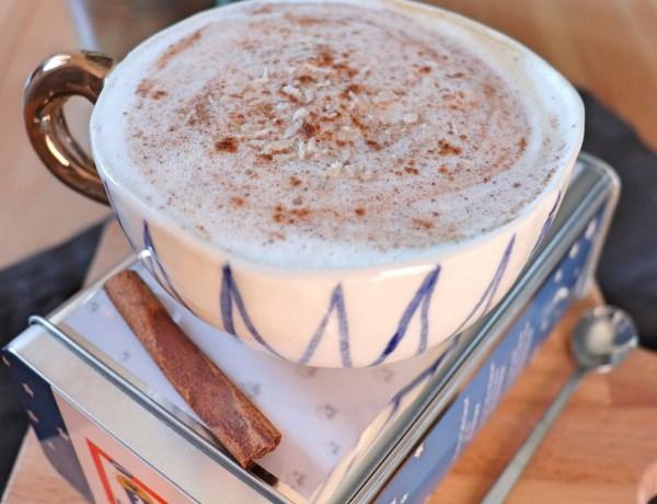 Milkshake al caffè, cocco e cannella