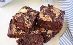 Brownies al caffè light Dersut e burro d'arachidi, la merenda golosa per il tuo work out