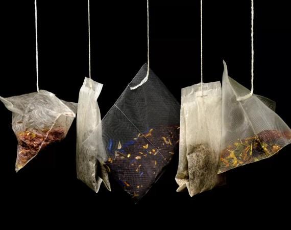 Idee anti spreco 7 modi per riciclare le foglie di tè nella cura della casa
