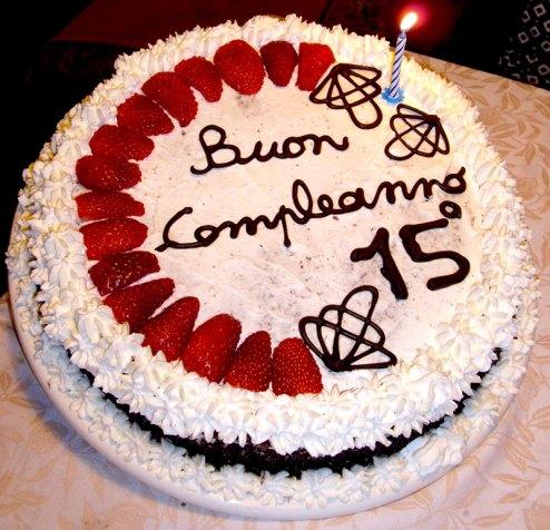 torta-di-compleanno-panna-e-fragole