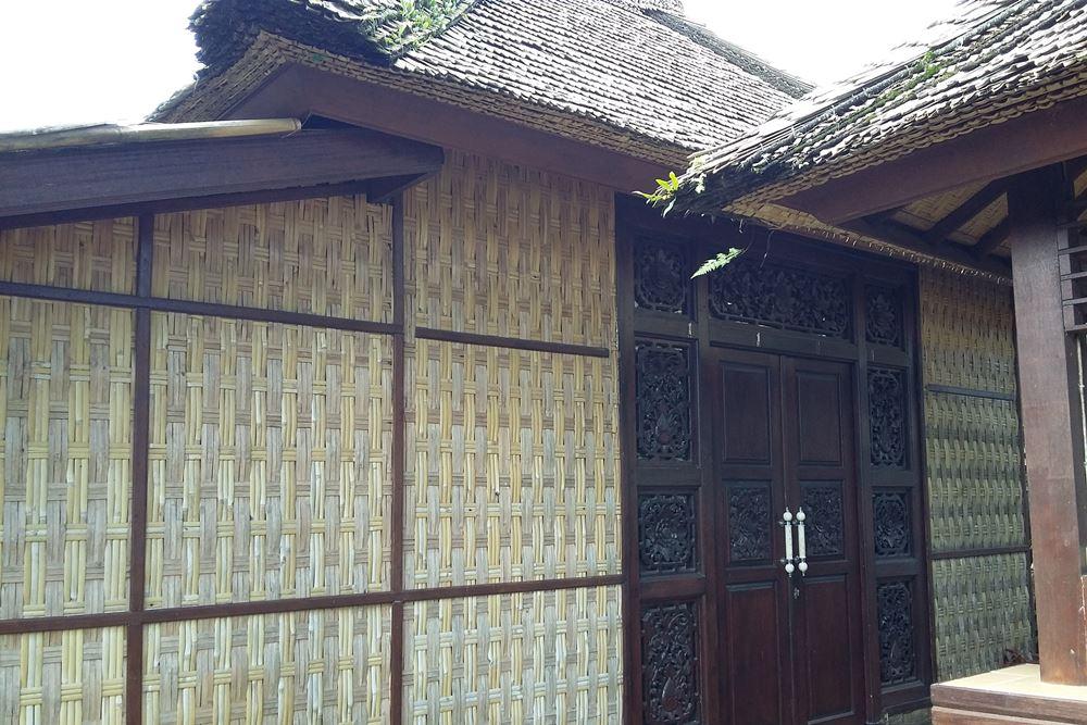Guest House Desa Penglipuran Bangli Bali - Atap & Dinding