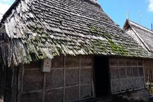 Harga Tiket Masuk Desa Penglipuran Bali - Dinding Bambu