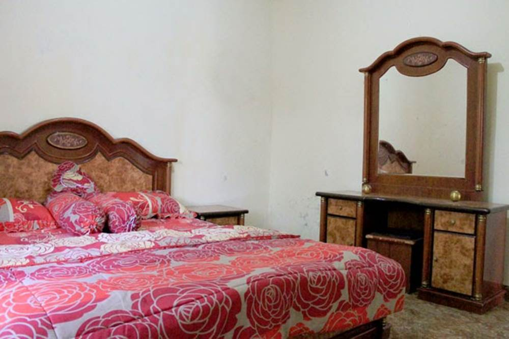 Tarik Homestay Desa Penglipuran Bangli Bali - Queen Bedroom 01