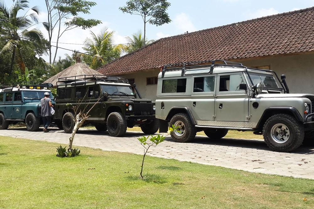 Transport Servise Desa Penglipuran - Land Rover 01