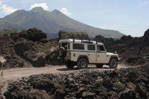 Transport Servise Desa Penglipuran - Land Rover 03
