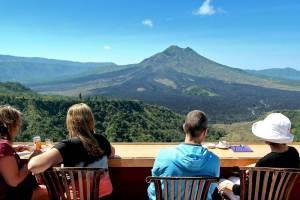 Wisata Desa Penglipuran Kombinasi Kintaman Tour - Pemandangan Gunung Batur