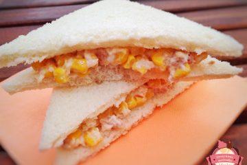 sandwich atún y maiz