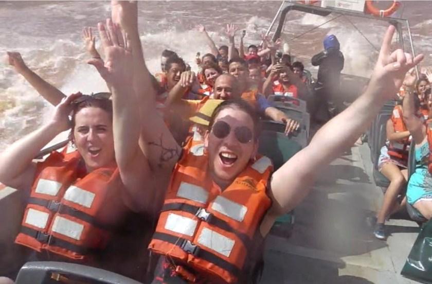 Passeio de barco nas Cataratas del Iguazu