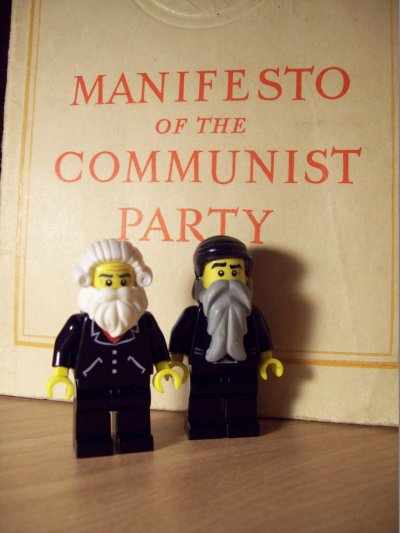 lego_karl_marx_and_friedrich_engels