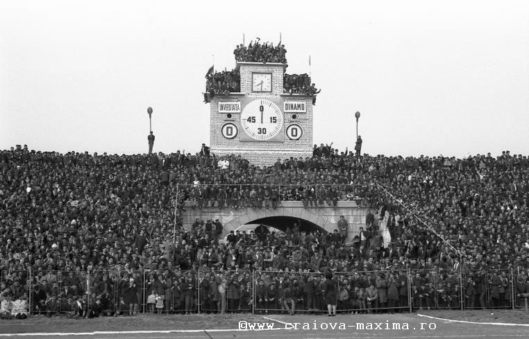 U_Craiova-Dinamo_10_5457_1973