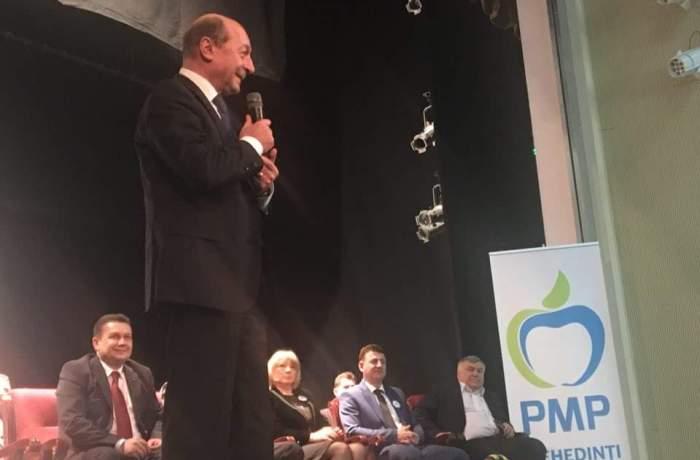 Foto: Traian Băsescu în vizită la Severin