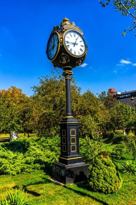 Relógio da Boulevard Unirii, lindo!