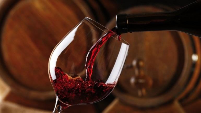 bebida italiana vinho
