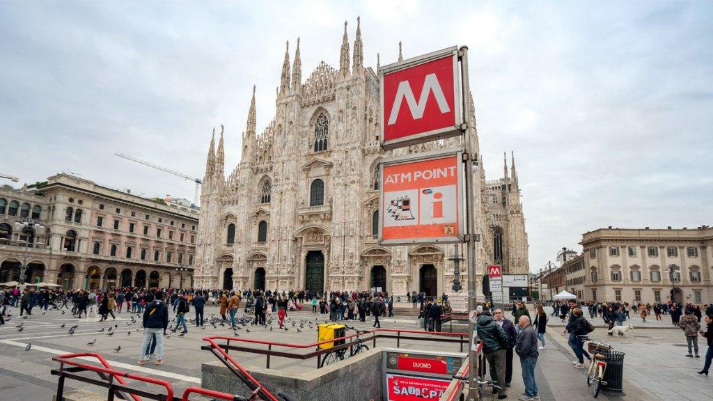 metrô de Milão
