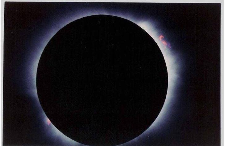 Foto Cortesia: Victor Hugo Hurtarte, usando un Telescopio C8 el 11 de Julio de 1991 desde El Salvador.