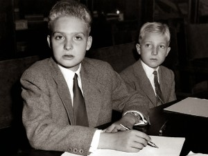 El Rey Juan Carlos de Borbón y su hermano Alfonso