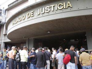 Leopoldo López en el Palacio de Justicia