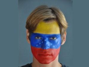 Carlos Baute con los colores de la bandera