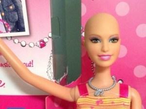 Barbie sin pelo para niñas con cáncer