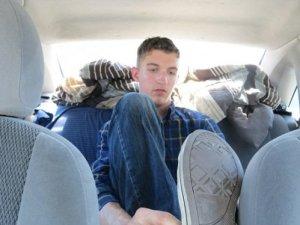 Colby Ashby el estudiante que vive en un carro