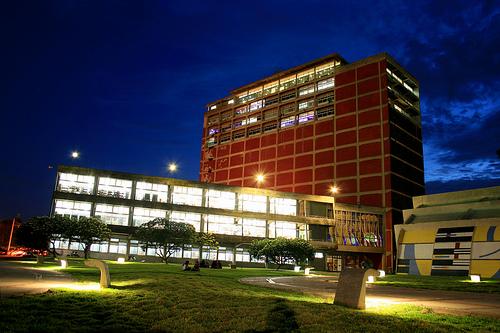 Fachada-Biblioteca-Central