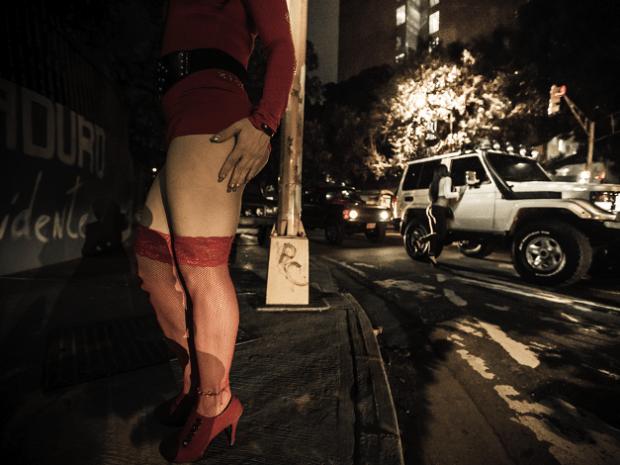 Viajó a Caracas para asumirse como una chica y terminó haciendo trabajo sexual en la avenida Libertador, a sus 16 años
