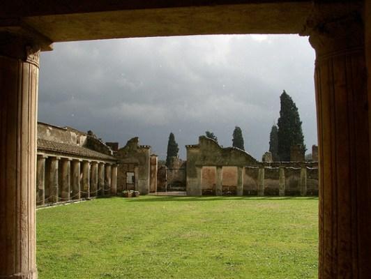 Tres Muros Pompeya