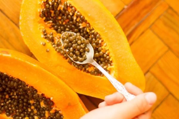 Nota-7220-semillas_de_papaya_para_bajar_de_peso