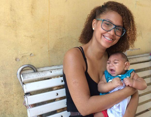 Erika Roque es optimista: sueña con que un día su hijo Erick llegue a ir a la universidad.
