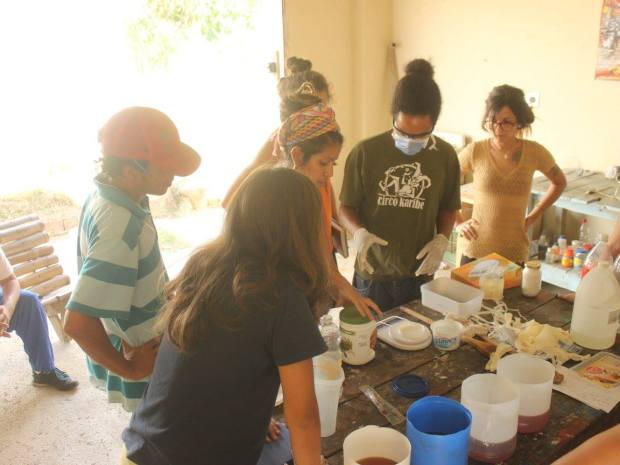 Los talleres de elaboración de jabón artesanal se realizan en la sede de la empresa y están abiertos a la comunidad