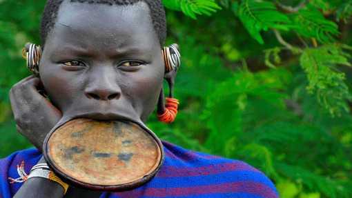 africa mujer plato 5