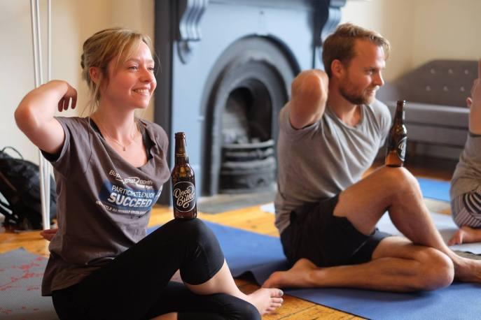 Yoga y cerveza